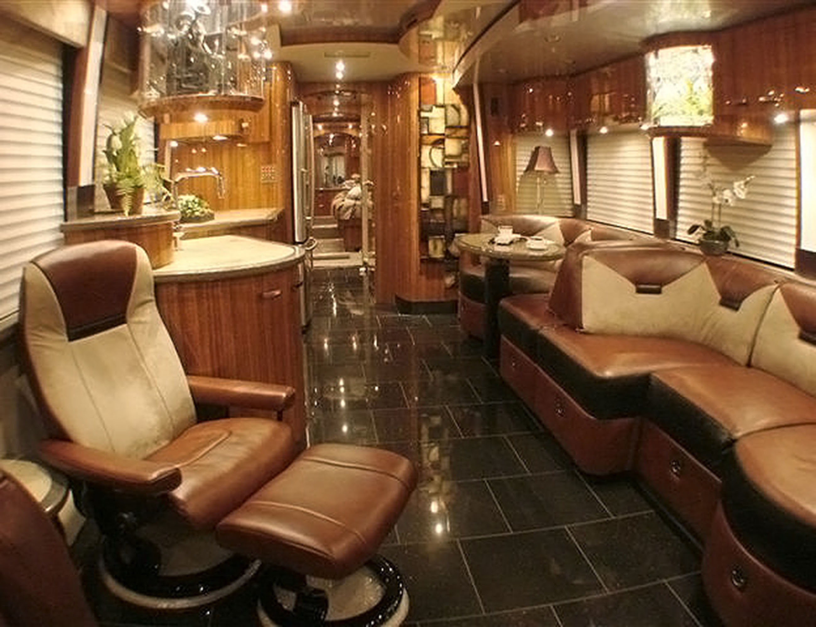 Custom Coach Interior_005